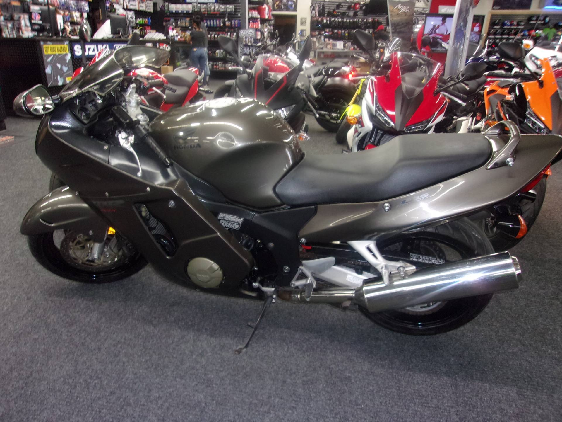 2000 Honda CBR1100XX in Philadelphia, Pennsylvania