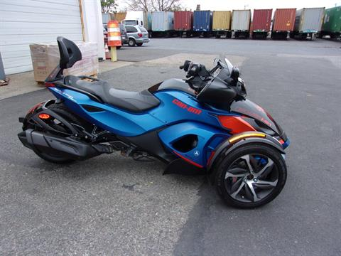 2015 Can-Am Spyder® RS-S SM5 in Philadelphia, Pennsylvania