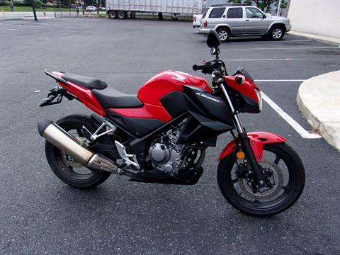 2015 Honda CB300F in Philadelphia, Pennsylvania