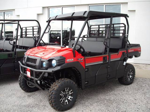 2017 Kawasaki Mule PRO-FXT EPS LE in Highland, Illinois