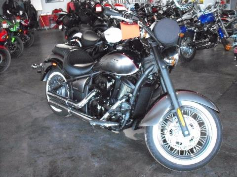 2014 Kawasaki Vulcan® 900 Classic in Highland, Illinois