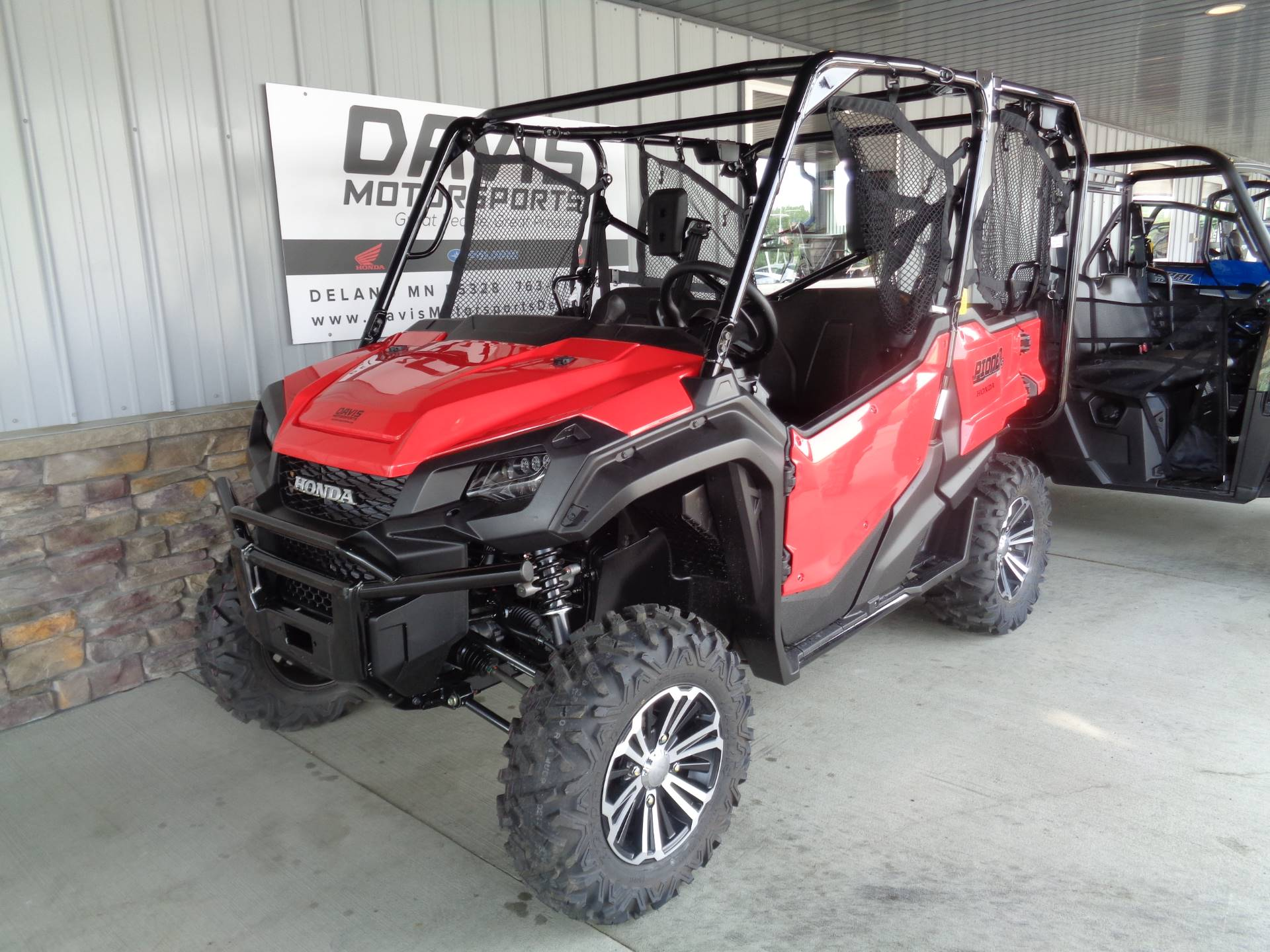 2018 Honda Pioneer 1000-5 Deluxe in Delano, Minnesota - Photo 4
