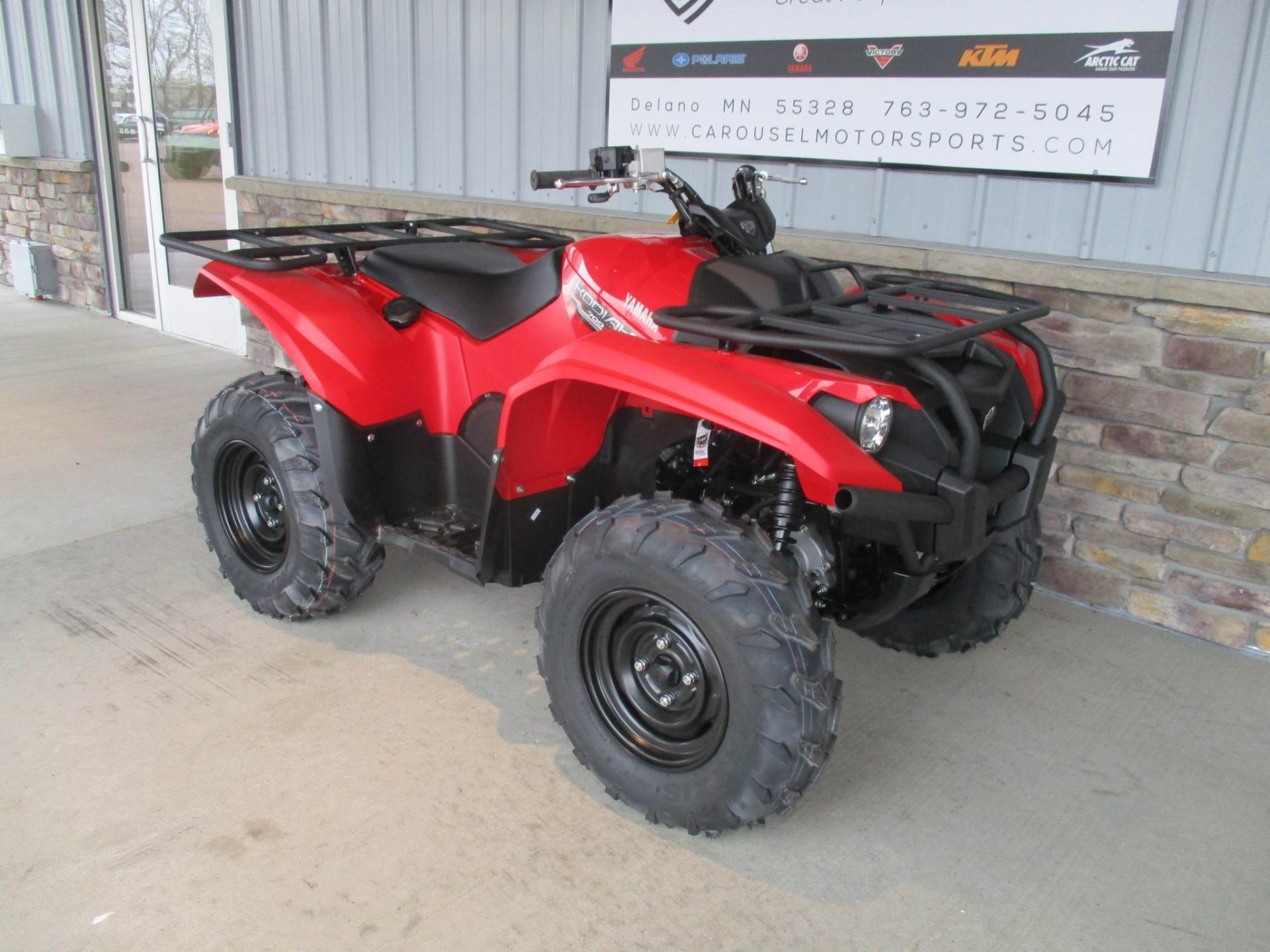 2017 Yamaha Kodiak 700 in Delano, Minnesota