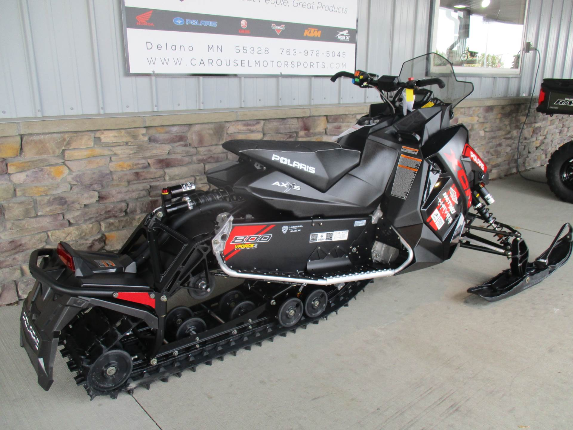 2018 Polaris 800 Switchback XCR SnowCheck Select in Delano, Minnesota