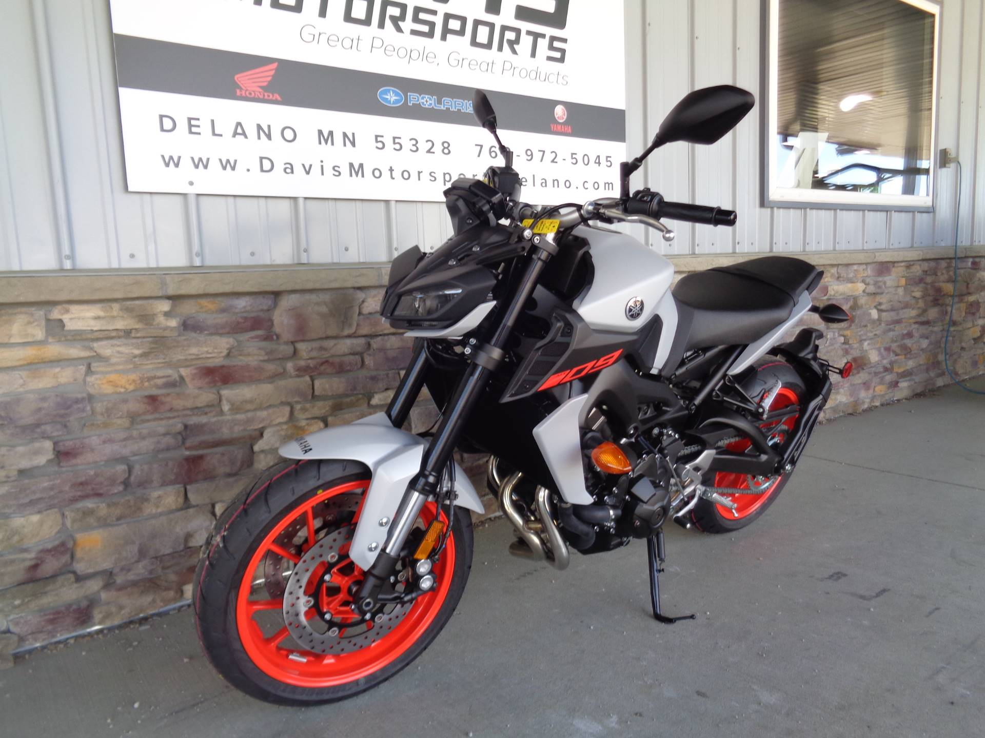 2019 Yamaha MT-09 in Delano, Minnesota