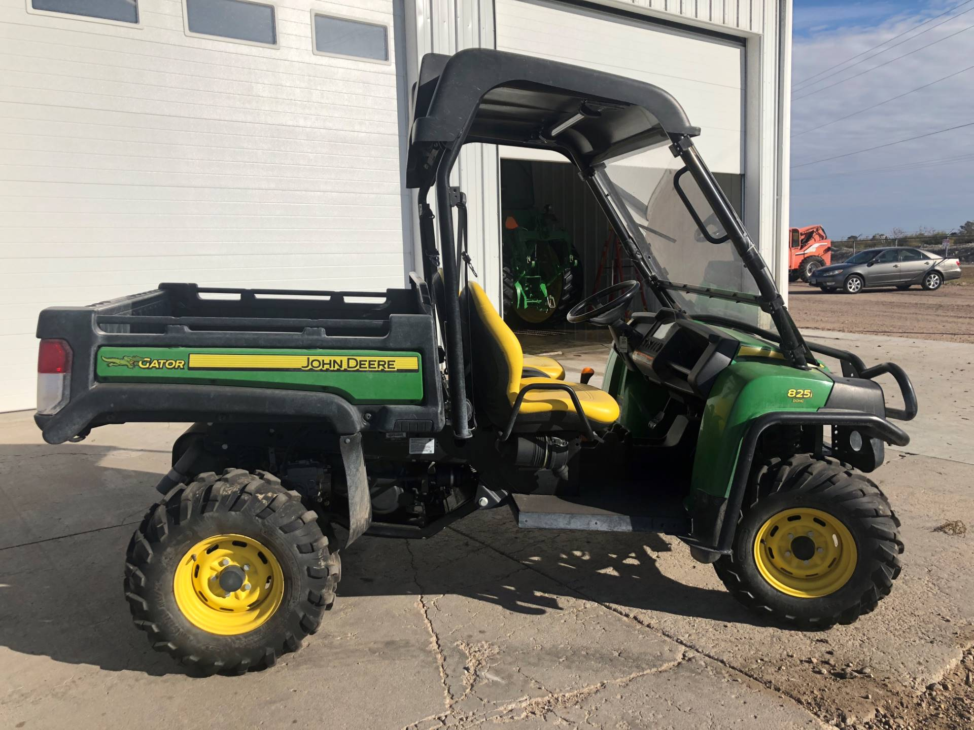 used 2013 john deere gator™ xuv 825i utility vehicles in scottsbluff