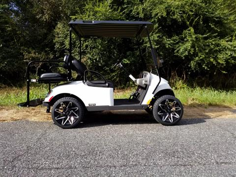 2018 E-Z-Go Freedom TXT Shuttle 2+2 Gas in Covington, Georgia