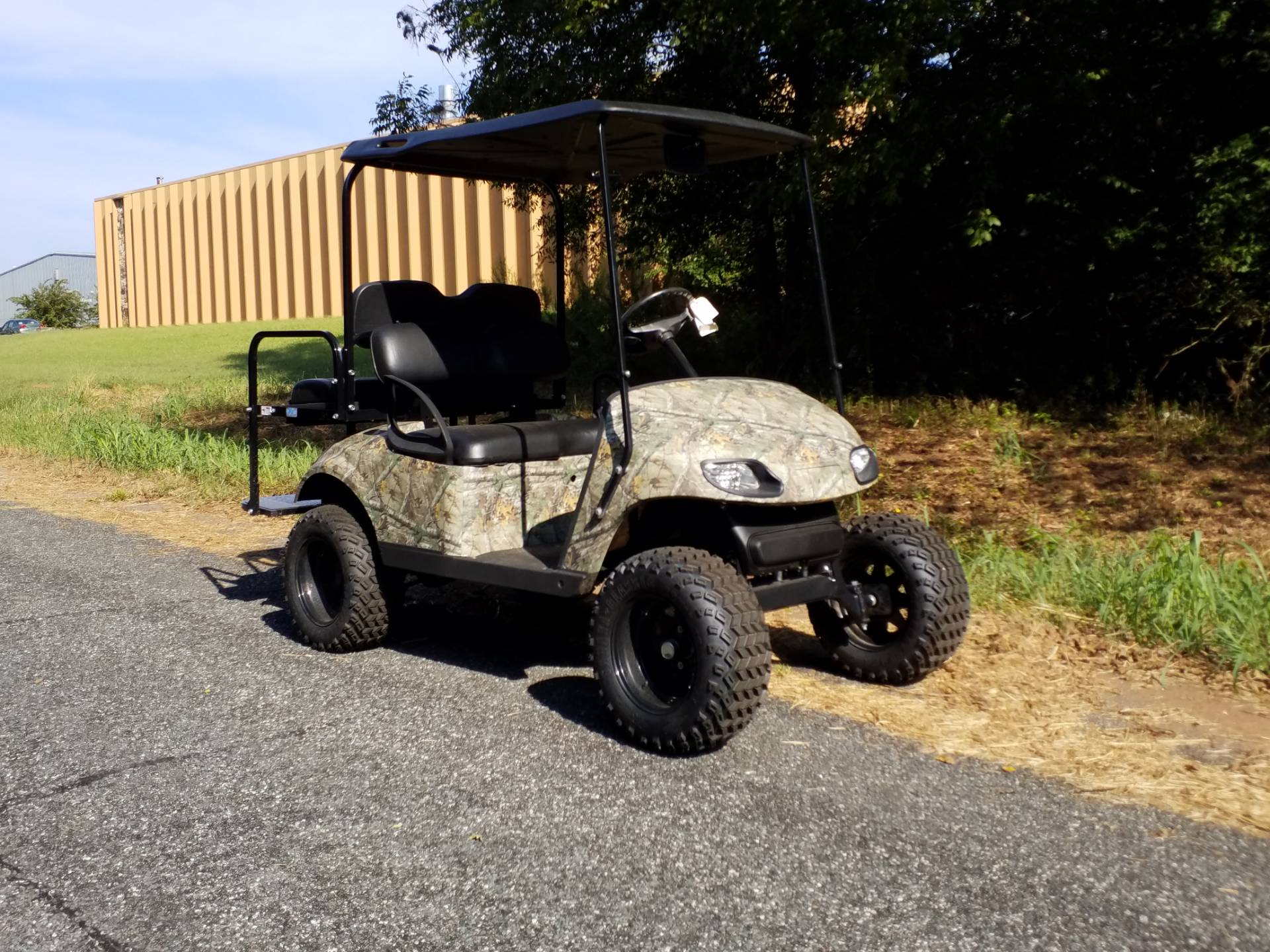2011 E-Z-Go TXT Electric in Covington, Georgia