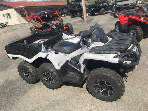 2015 Can-Am Outlander™ 6x6 XT™ 650 in Smock, Pennsylvania