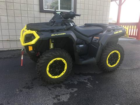 2019 Can-Am Outlander XT-P 850 in Smock, Pennsylvania