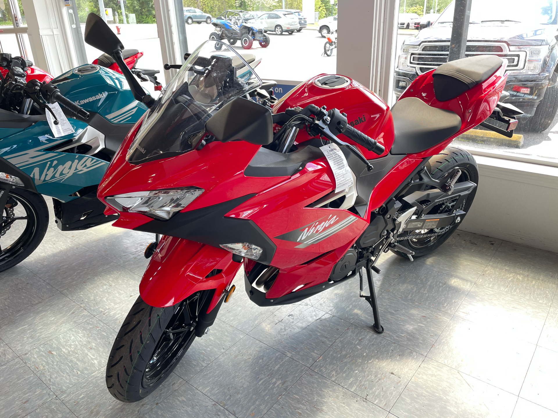 2021 Kawasaki Ninja 400 in Bellingham, Washington - Photo 3