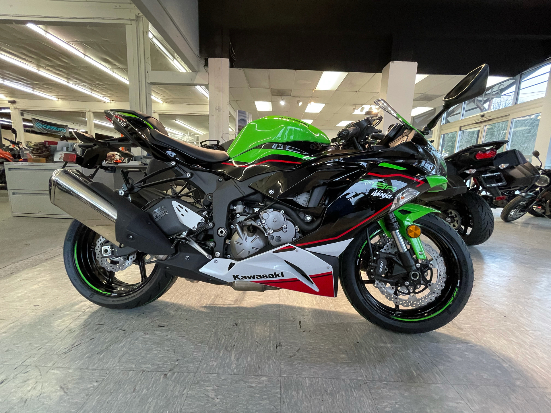 2021 Kawasaki Ninja ZX-6R ABS KRT Edition in Bellingham, Washington - Photo 2