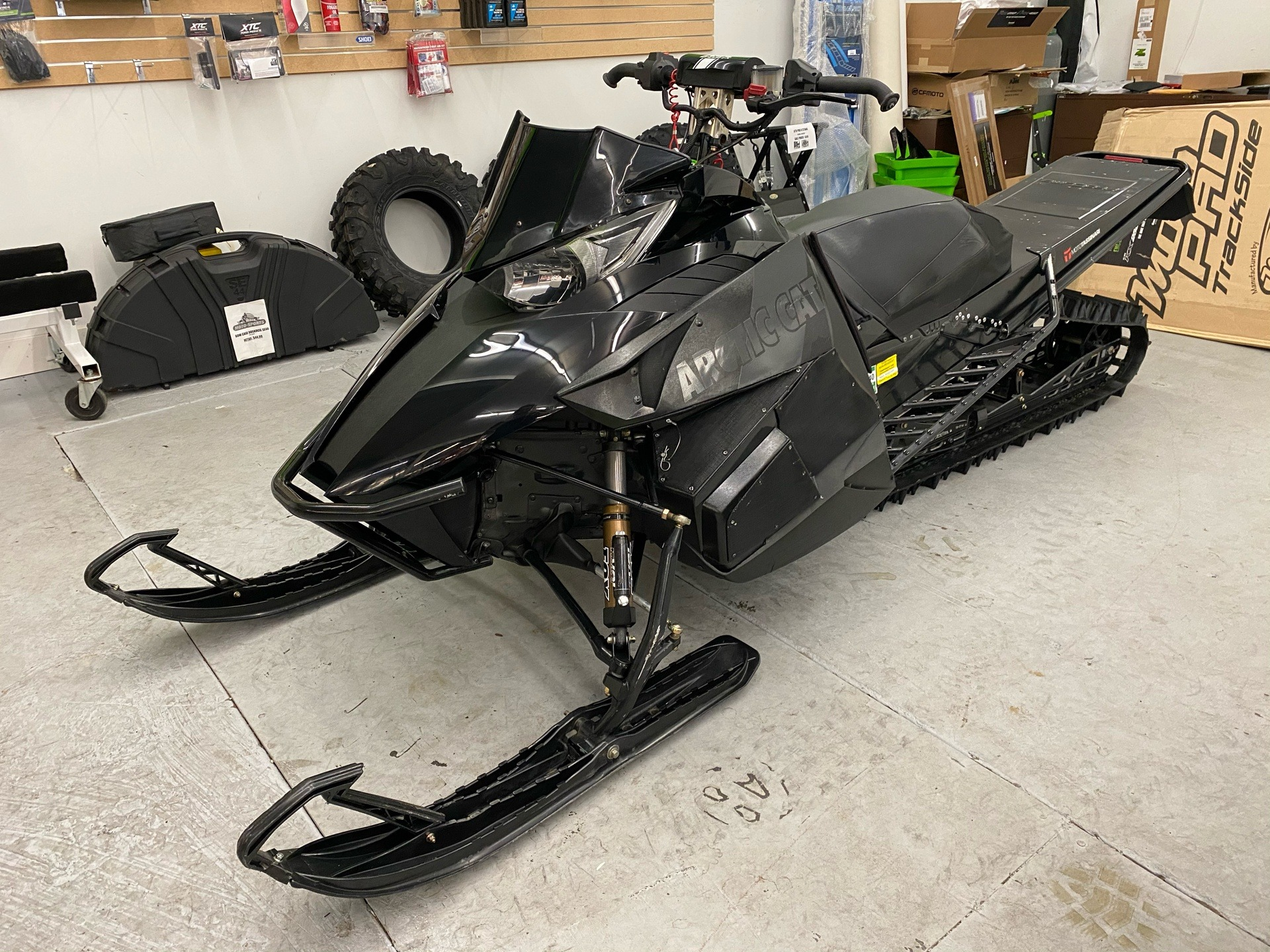 "2013 Arctic Cat M 800 Sno Pro® 162"" Limited in Bellingham, Washington - Photo 1"