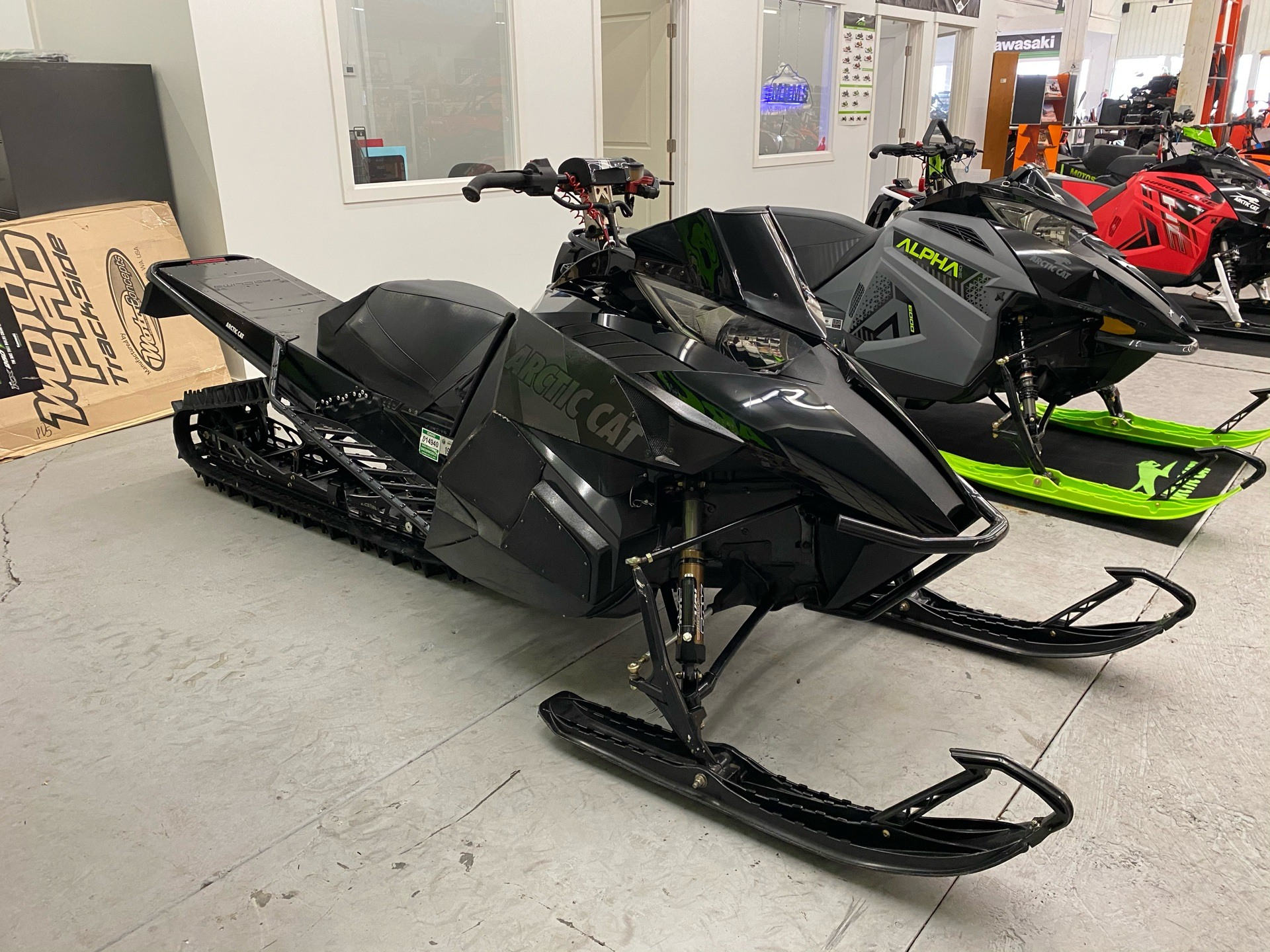 "2013 Arctic Cat M 800 Sno Pro® 162"" Limited in Bellingham, Washington - Photo 2"