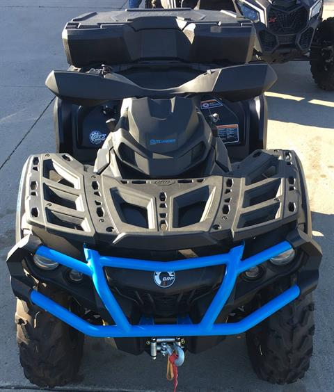 2016 Can-Am OUTLANDER XT in Clinton Township, Michigan