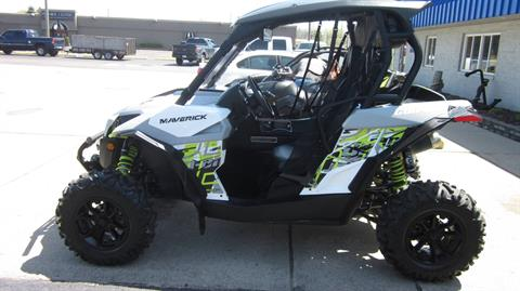 2016 Can-Am Can-Am Maverick Turbo in Clinton Township, Michigan