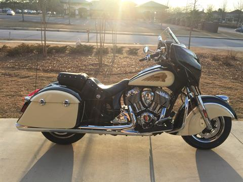 2019 Indian Chieftain® Classic ABS in Buford, Georgia - Photo 5
