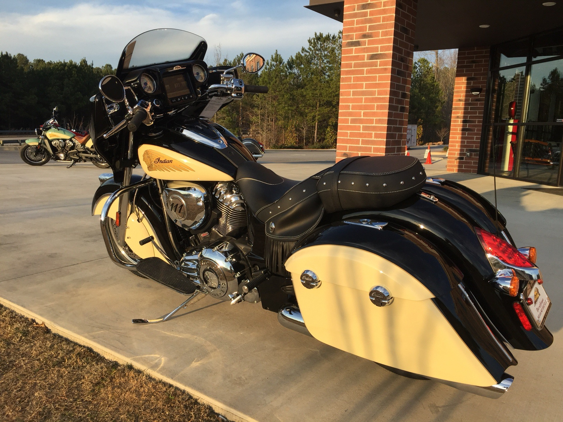 2019 Indian Chieftain® Classic ABS in Buford, Georgia - Photo 2