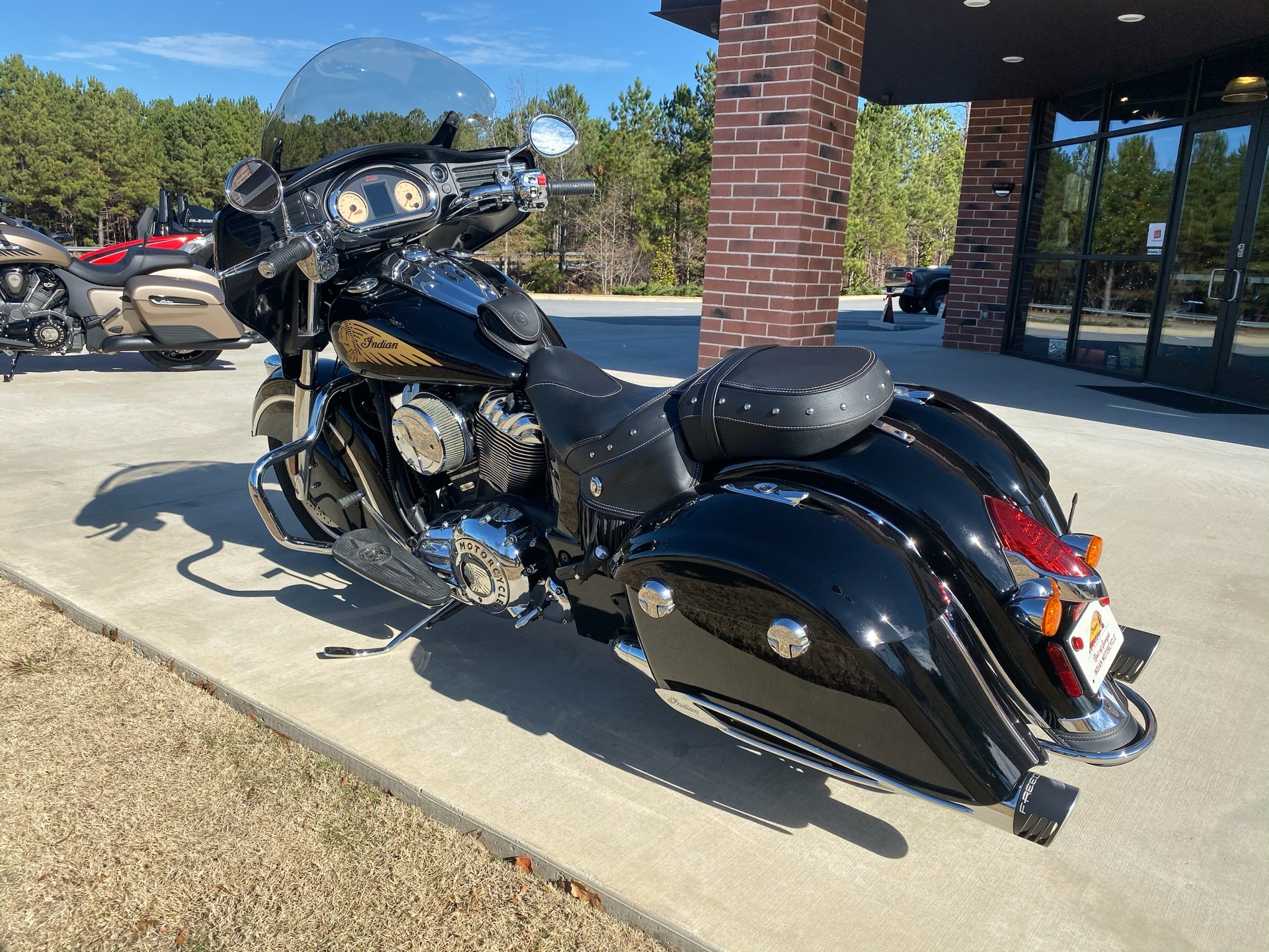 2014 Indian Chieftain™ in Buford, Georgia - Photo 2