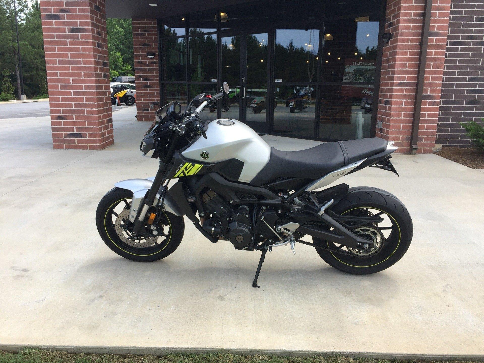 Yamaha Fz Series