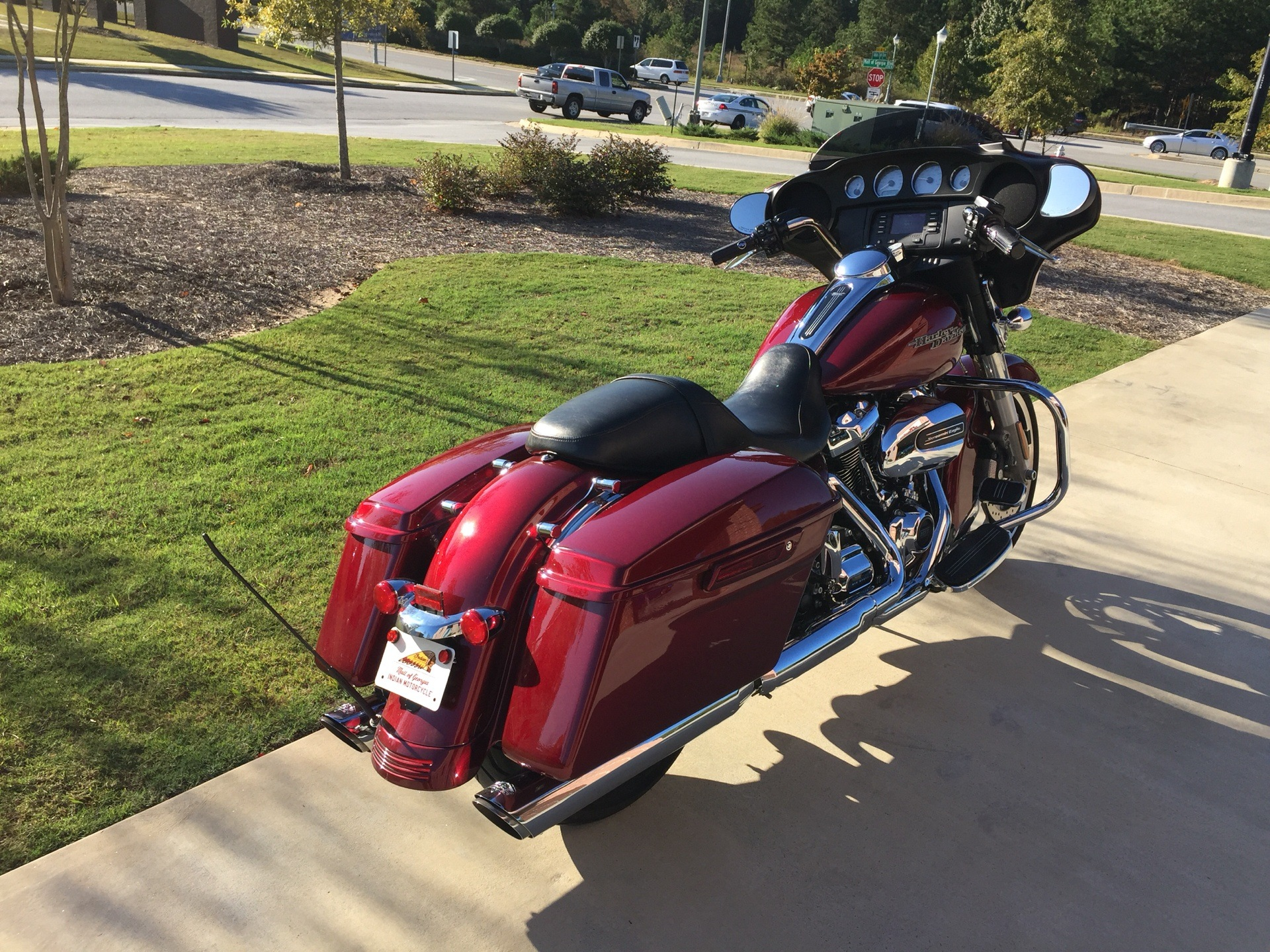2017 Harley-Davidson Street Glide® in Buford, Georgia - Photo 2