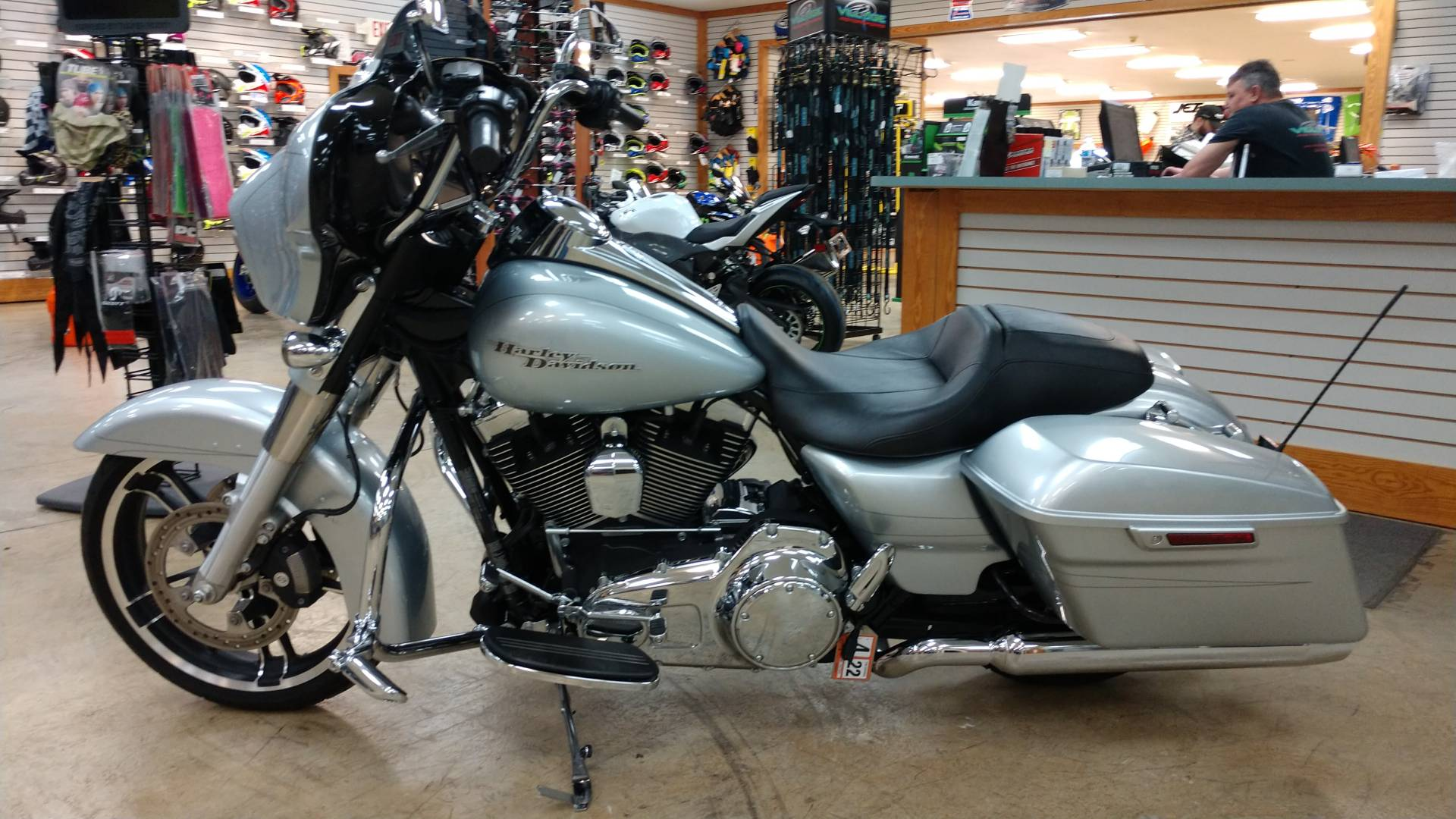 2015 Harley-Davidson Street Glide® Special in Unionville, Virginia - Photo 2