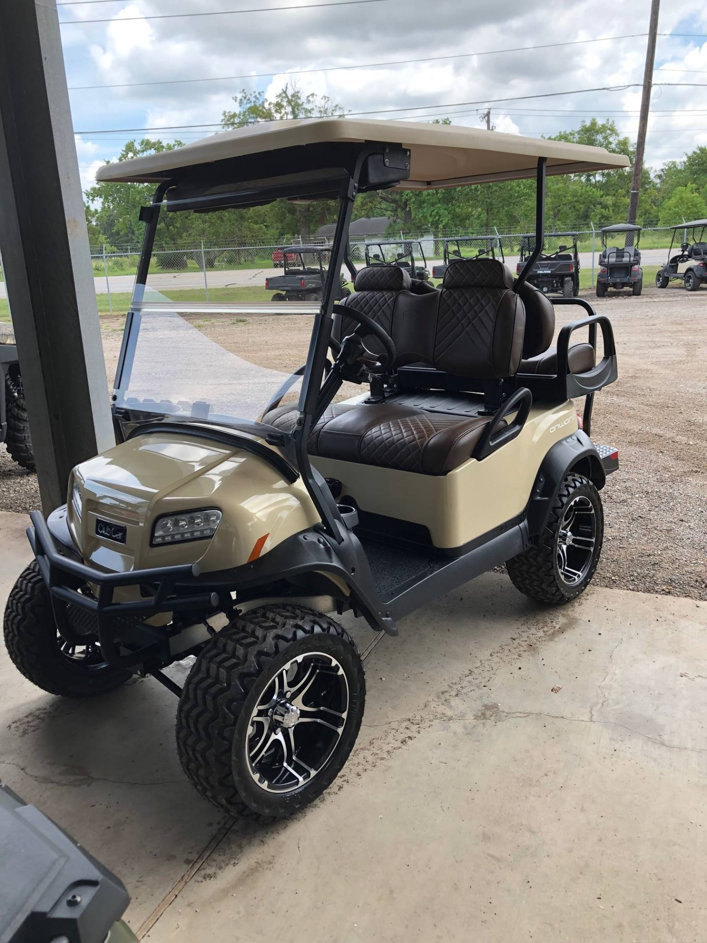 2019 Club Car Onward Lifted 4 Passenger Electric in Brazoria, Texas - Photo 1