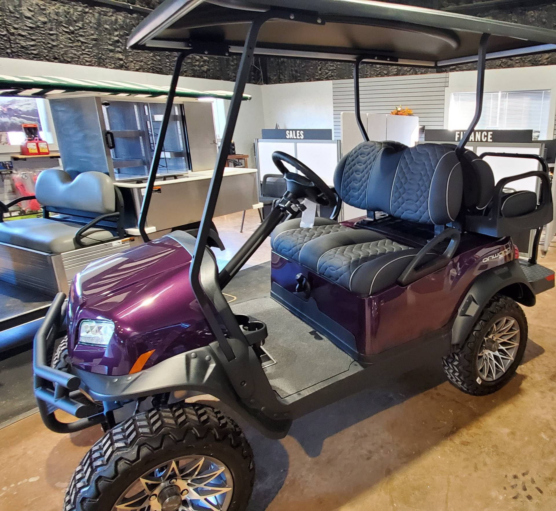 2021 Club Car ONWARD 4 PASS LIFT GAS in Brazoria, Texas - Photo 2