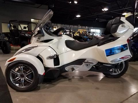 2011 Can-Am Spyder® RT Limited in Batavia, Ohio