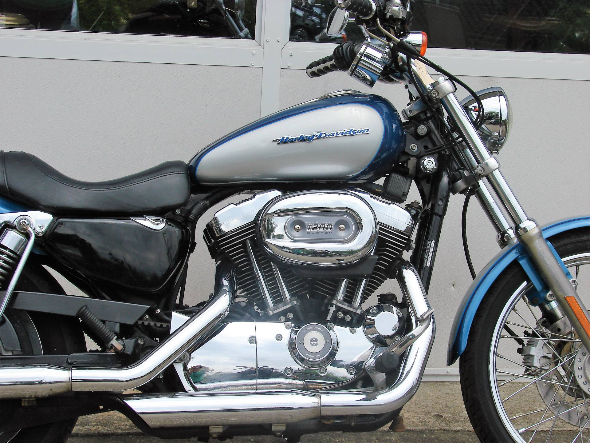 2005 Harley-Davidson Sportster® XL 1200 Custom in Williamstown, New Jersey - Photo 2