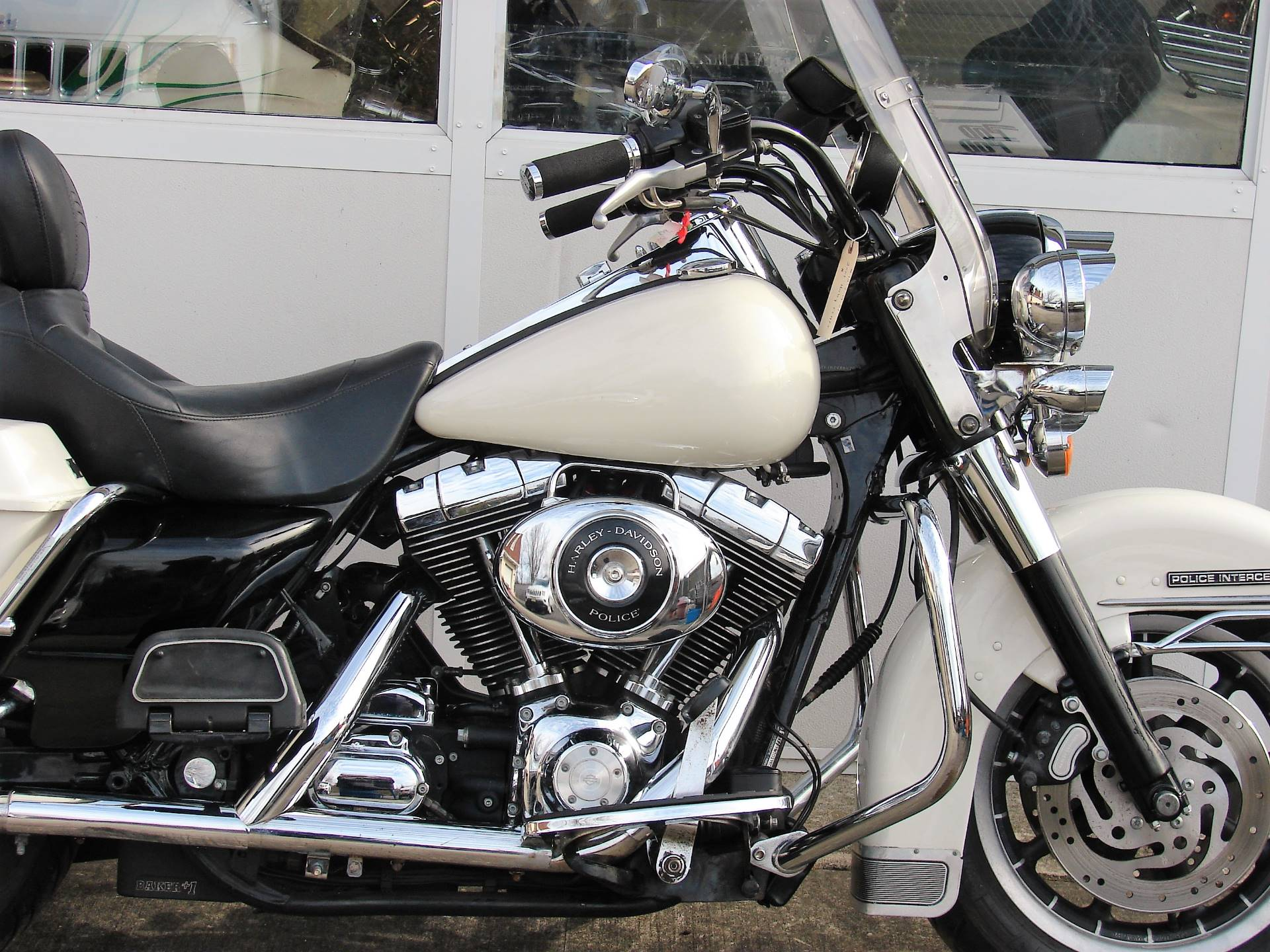 2001 Harley-Davidson FLHTPI Electra Glide (Police Special) - WHITE in Williamstown, New Jersey - Photo 2