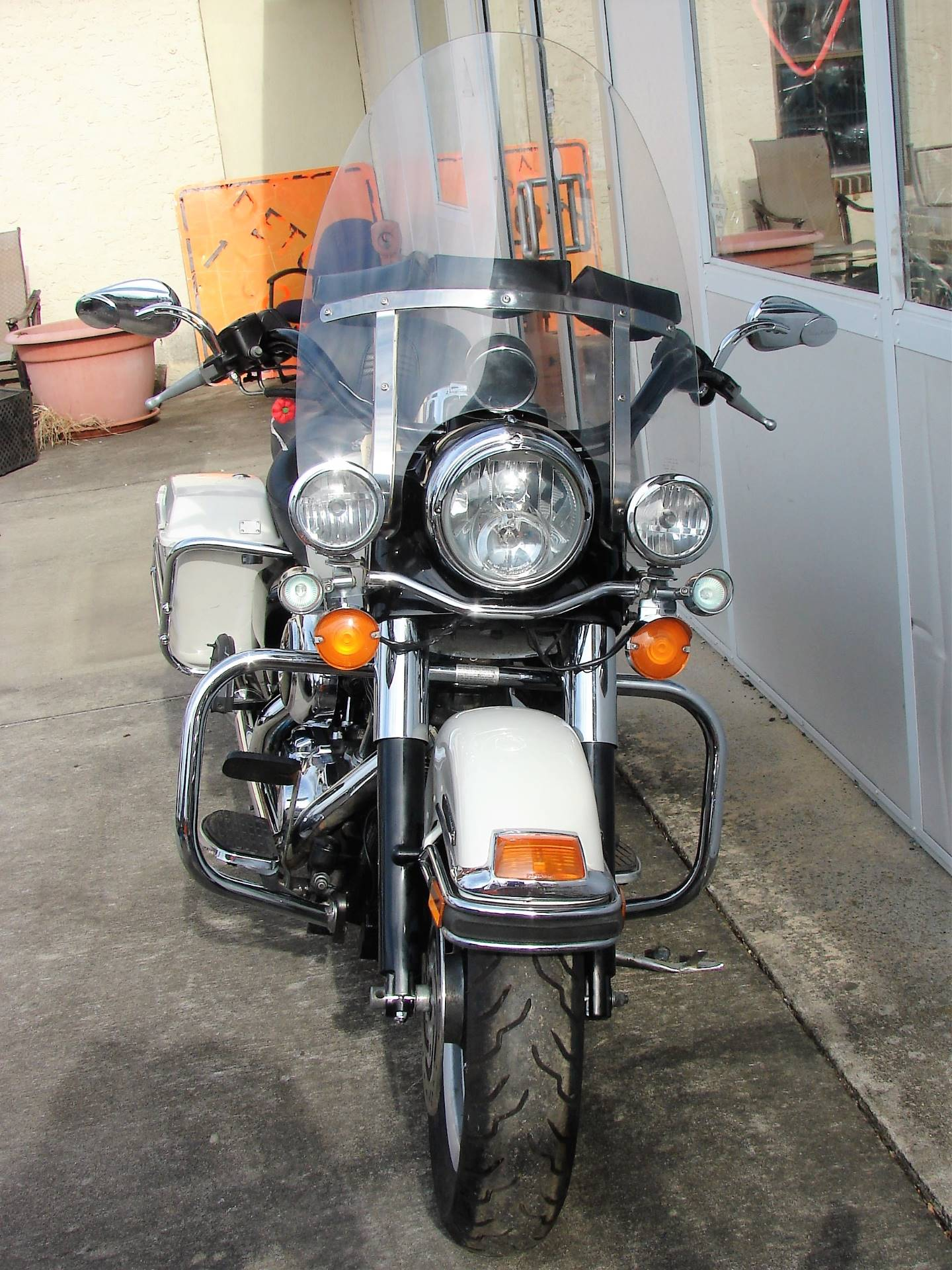 2001 Harley-Davidson FLHTPI Electra Glide (Police Special) - WHITE in Williamstown, New Jersey - Photo 11