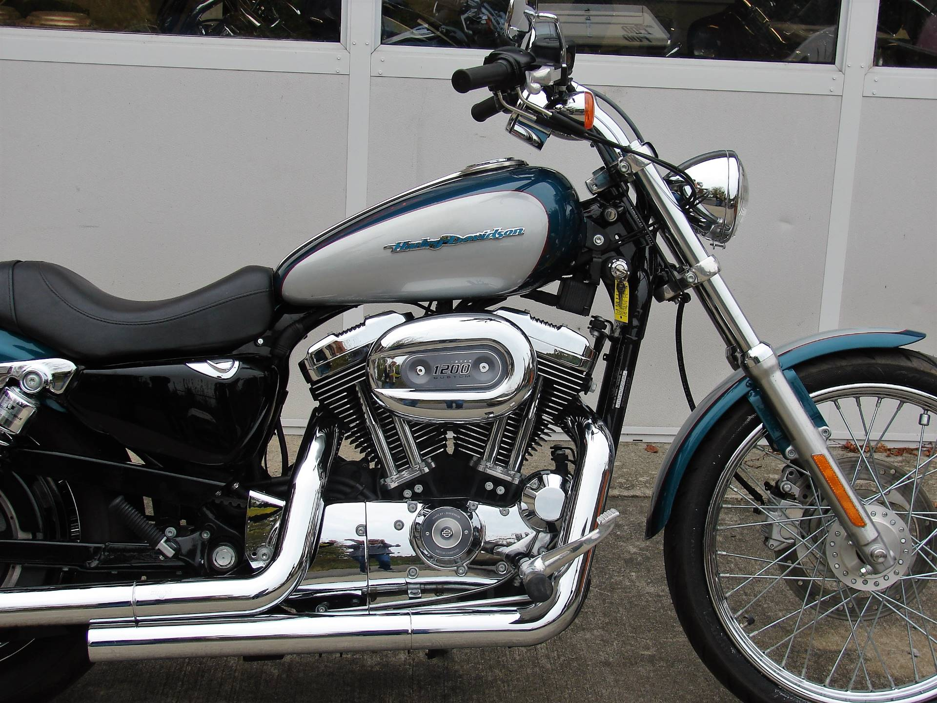 2004 Harley-Davidson Sportster XL 1200 Custom in Williamstown, New Jersey - Photo 2