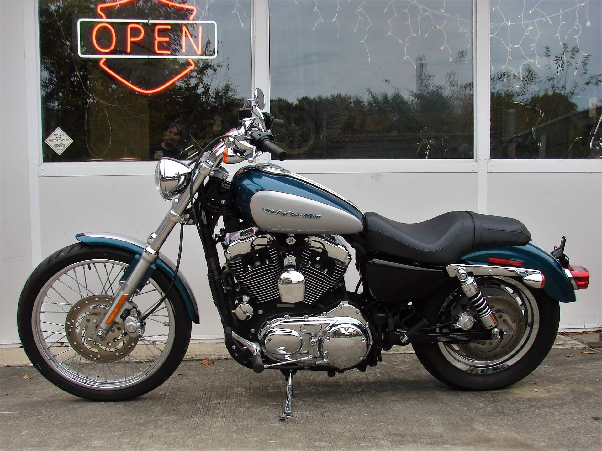 2004 Harley-Davidson Sportster XL 1200 Custom in Williamstown, New Jersey - Photo 6