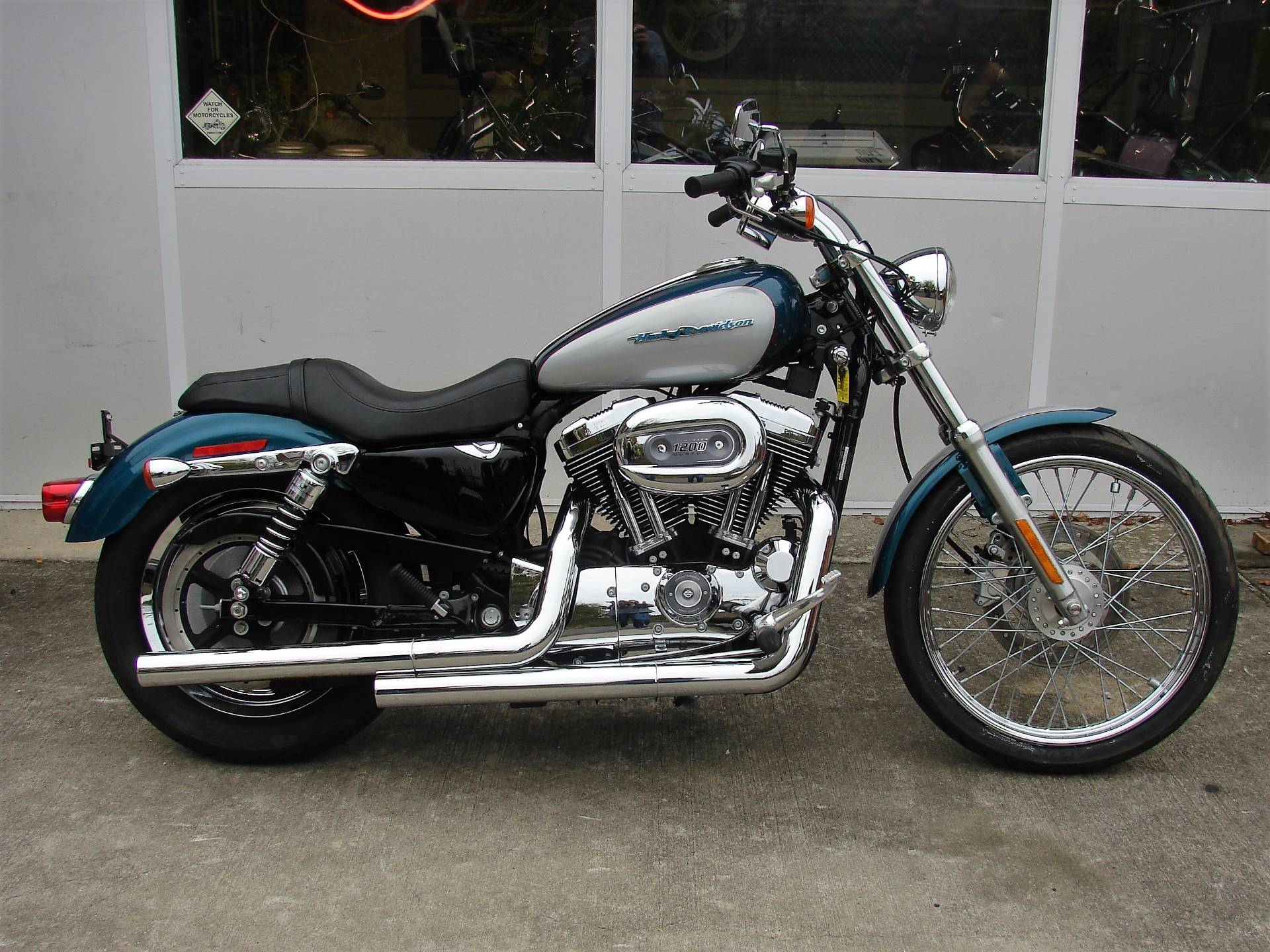 2004 Harley-Davidson Sportster XL 1200 Custom in Williamstown, New Jersey - Photo 12