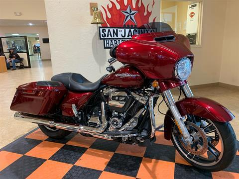 2017 Harley-Davidson Street Glide® Special in Pasadena, Texas - Photo 2