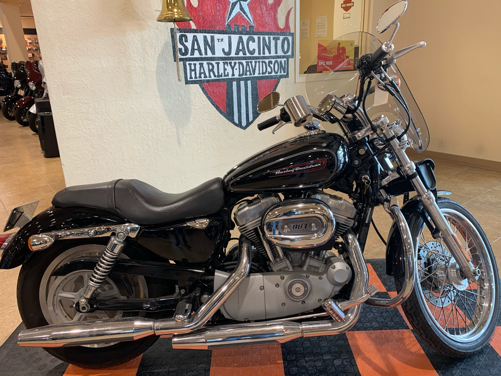 2008 Harley-Davidson Sportster 883 Custom in Pasadena, Texas - Photo 1