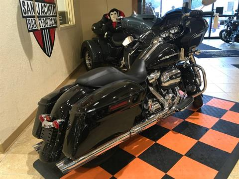 2018 Harley-Davidson Road Glide® in Pasadena, Texas - Photo 4