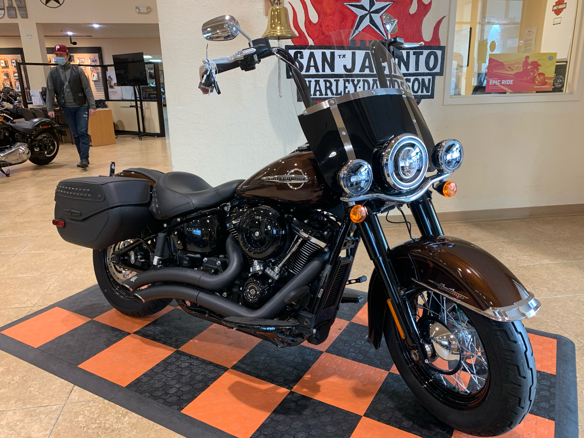 2019 Harley-Davidson Heritage Classic 107 in Pasadena, Texas - Photo 2