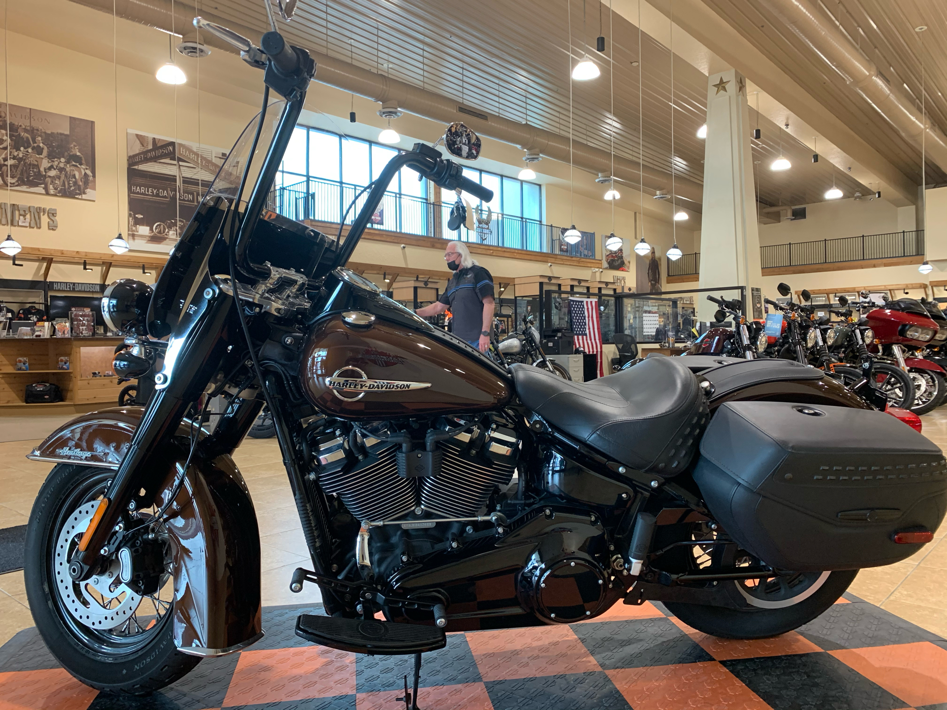 2019 Harley-Davidson Heritage Classic 107 in Pasadena, Texas - Photo 4