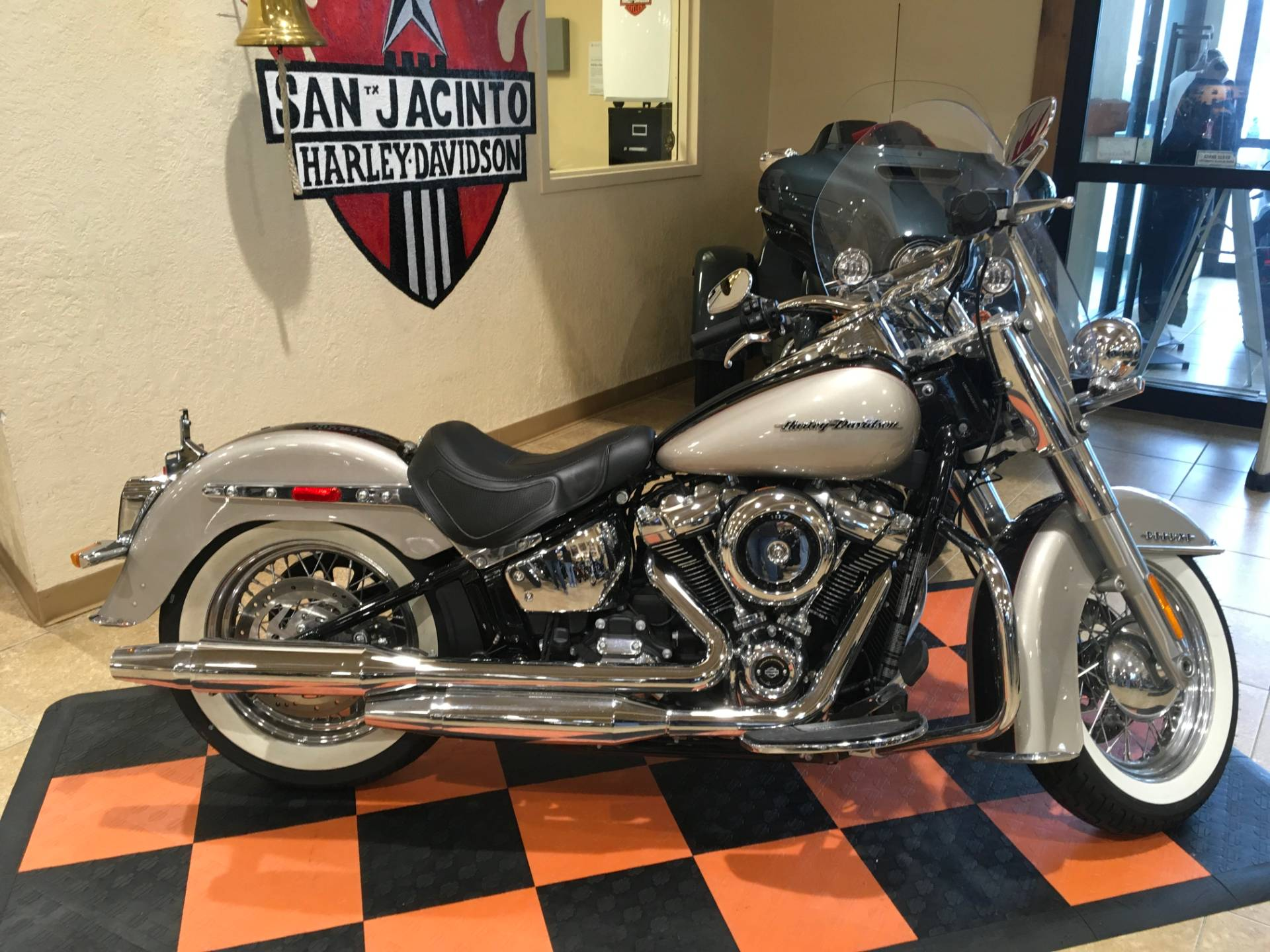 2018 Harley-Davidson Softail® Deluxe 107 in Pasadena, Texas - Photo 1
