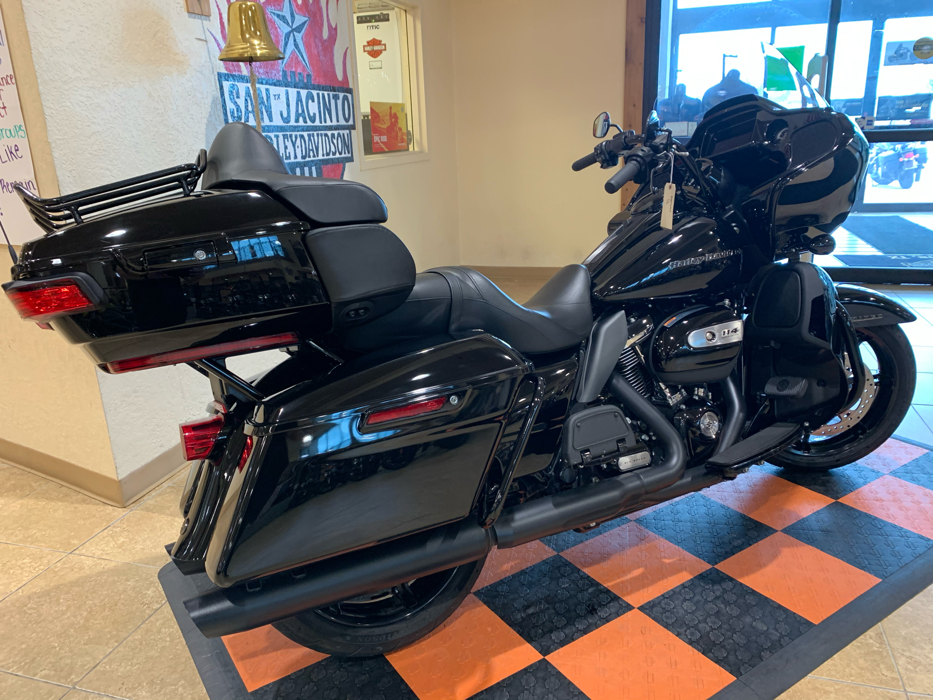 2020 Harley-Davidson Road Glide® Limited in Pasadena, Texas - Photo 3