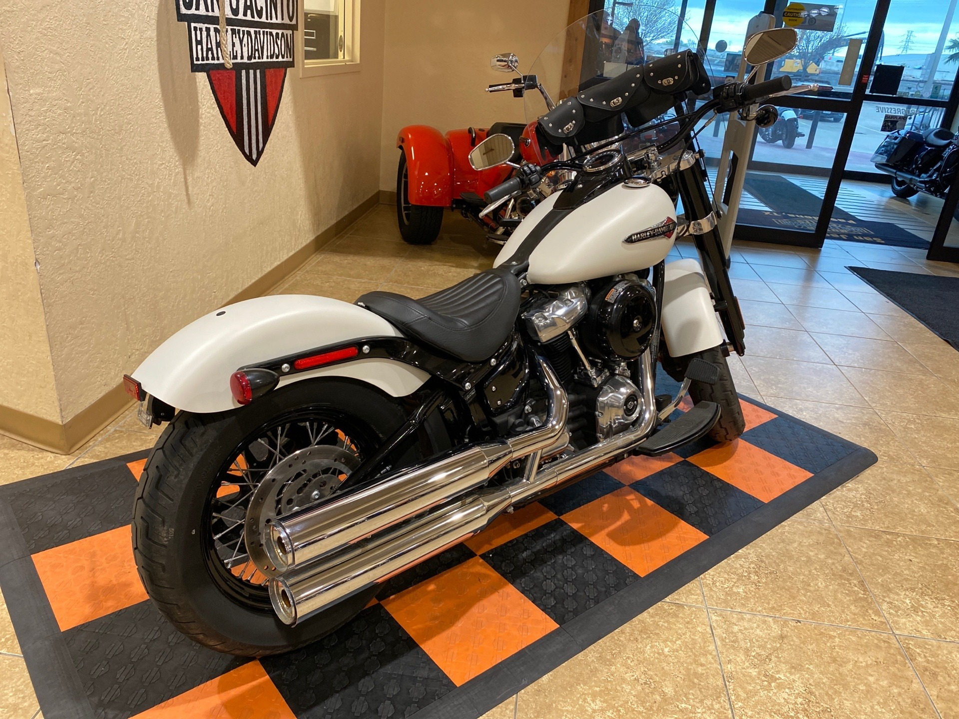 2019 Harley-Davidson Softail Slim® in Pasadena, Texas - Photo 4