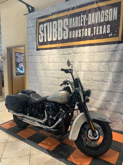 2018 Harley-Davidson SOFTAIL HERITAGE in Houston, Texas - Photo 2