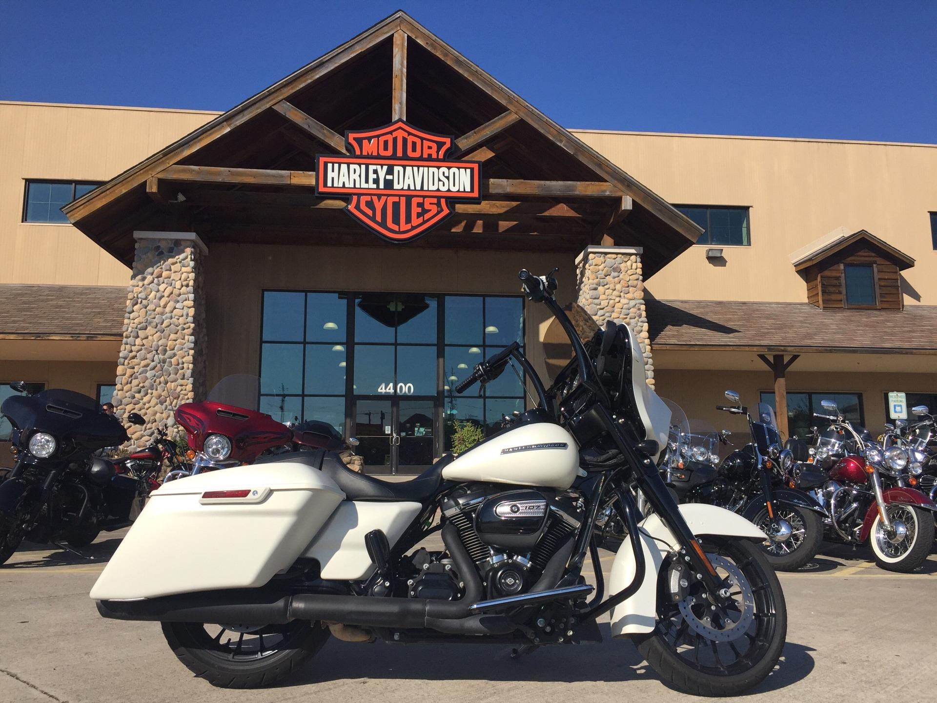 2018 Harley Davidson Street Glide Special In Houston Texas
