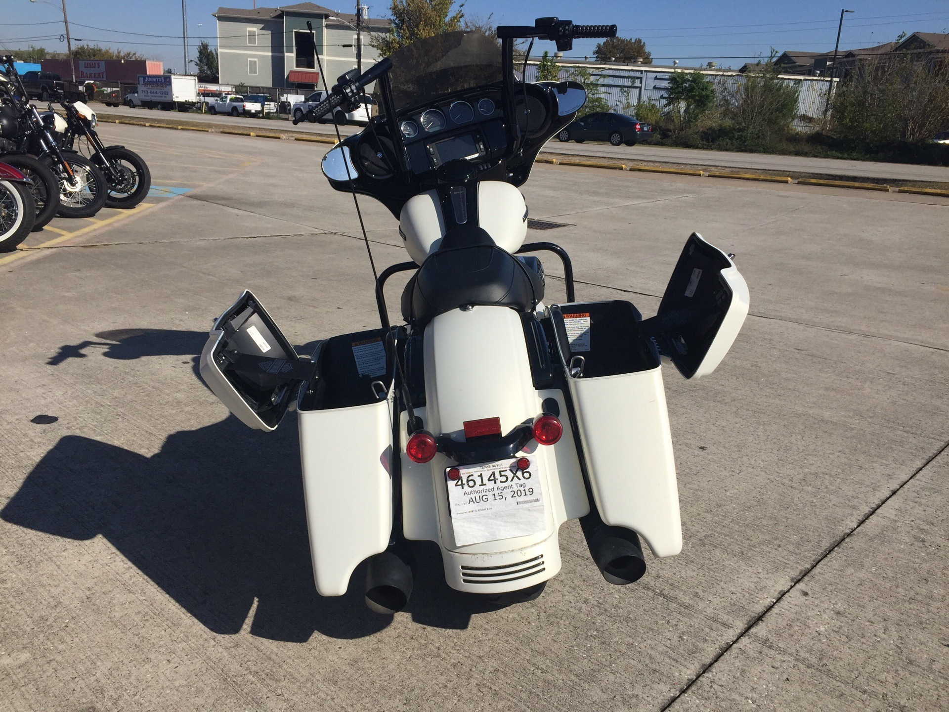 2018 Harley-Davidson Street Glide® Special in Houston, Texas - Photo 5