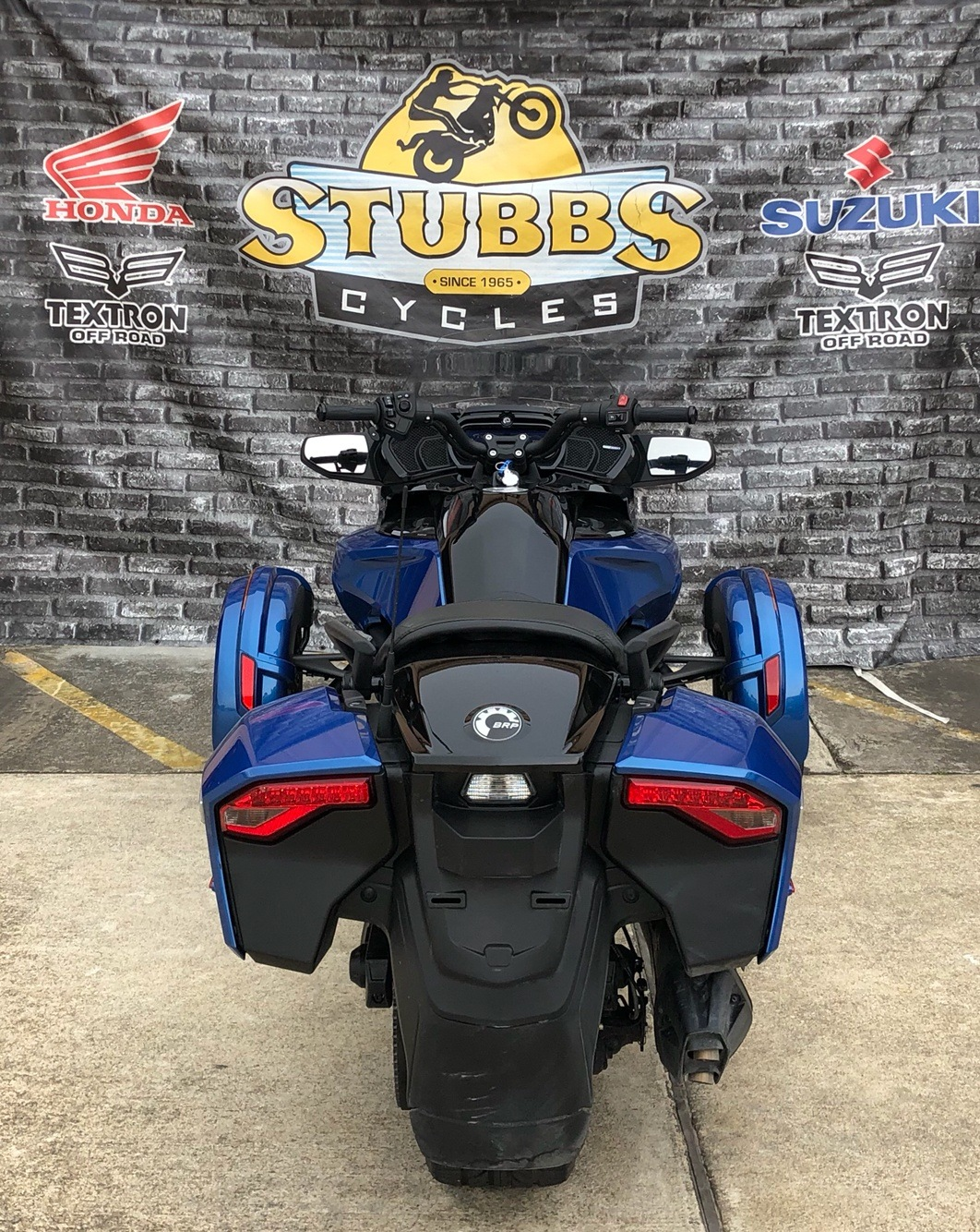 2018 Can-Am Spyder F3-T in Houston, Texas - Photo 3