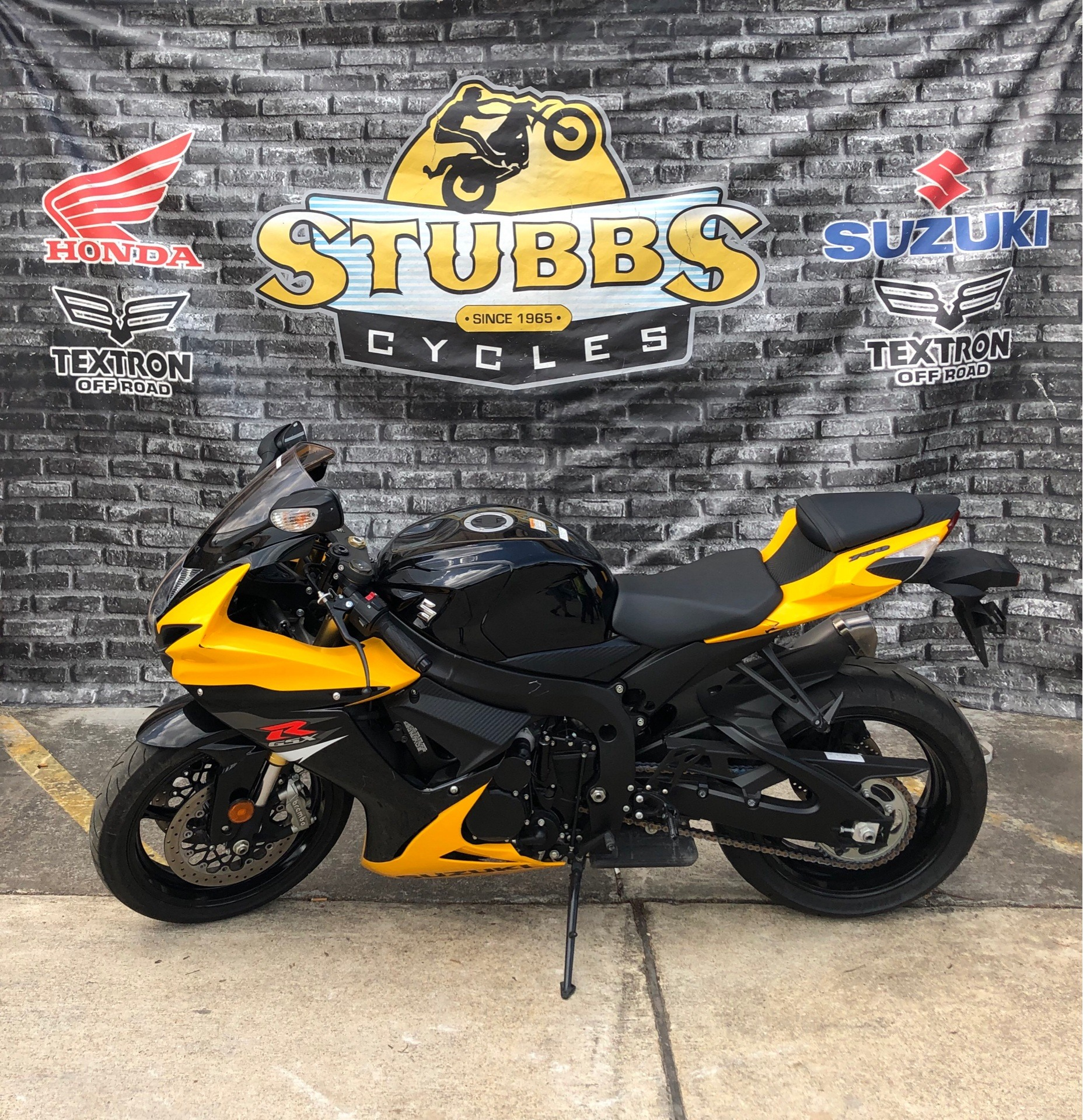 2017 Suzuki GSX-R750 in Houston, Texas - Photo 3