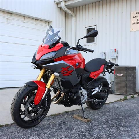 2021 BMW F 900 XR in Boerne, Texas - Photo 2