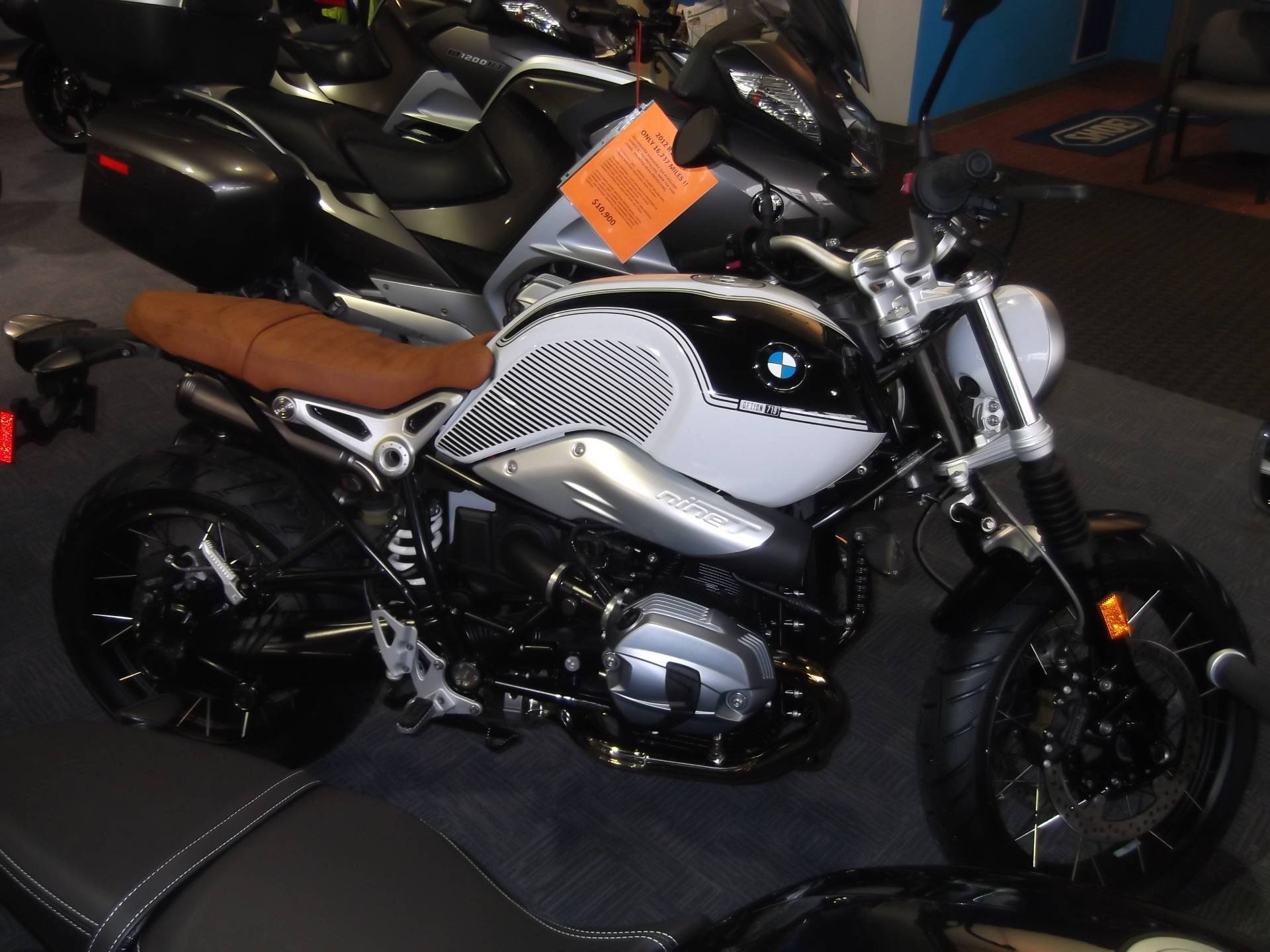 2019 BMW R9T Scrambler Option 719 in Boerne, Texas